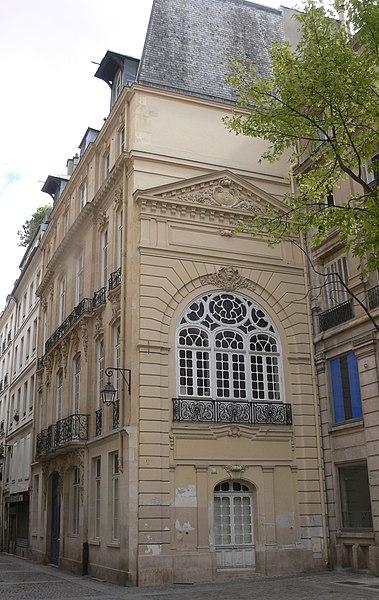 Photo du Monument Historique Immeuble, ancien hôtel du Barry situé à Paris 2e Arrondissement