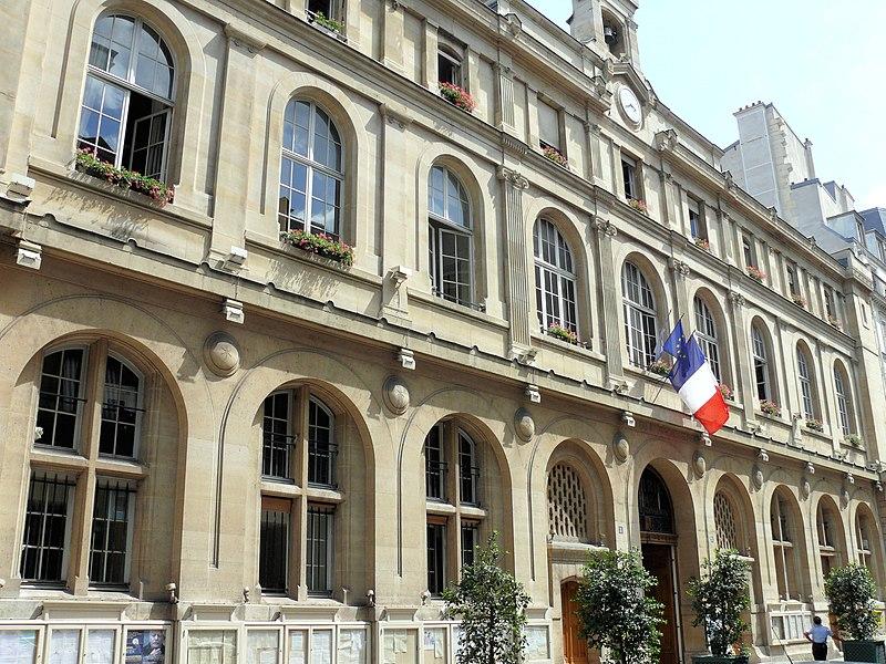 Photo du Monument Historique Mairie annexe du deuxième arrondissement situé à Paris 2e Arrondissement