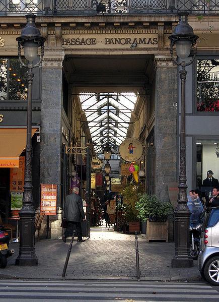 Photo du Monument Historique Passage des Panoramas et ses galeries annexes (galeries Feydeau, Montmartre, Saint-Marc, galerie des Variétés, ancienne boutique du graveur Stern) situé à Paris 2e Arrondissement
