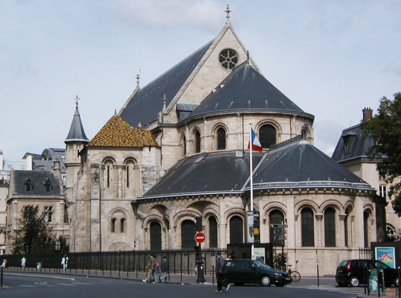 Photo du Monument Historique Ancienne abbaye Saint-Martin-des-Champs, actuellement Conservatoire National des Arts et Métiers et Musée National des Techniques situé à Paris 3e Arrondissement