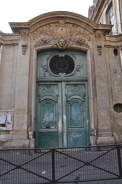 Photo du Monument Historique Collège Pierre-Jean-de-Béranger et immeuble contigü situé à Paris 3e Arrondissement