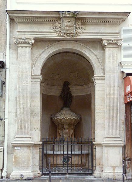 Photo du Monument Historique Fontaine publique dite de Joyeuse situé à Paris 3e Arrondissement