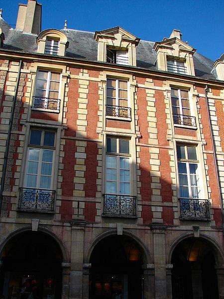 Photo du Monument Historique Ancien hôtel du Cardinal de Richelieu situé à Paris 3e Arrondissement