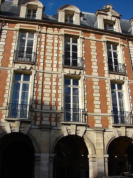 Photo du Monument Historique Ancien hôtel du Cardinal de Richelieu, ou hôtel de Bassompierre situé à Paris 3e Arrondissement