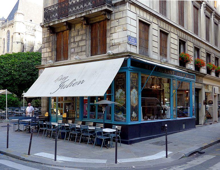 """Photo du Monument Historique Ancienne boulangerie, actuel restaurant """"Chez Julien"""" situé à Paris 4e Arrondissement"""