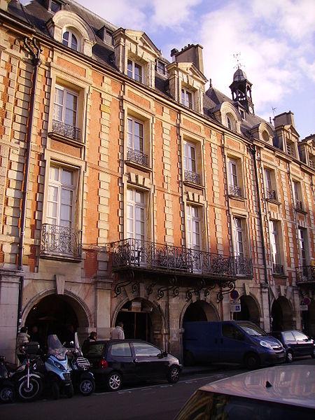 Photo du Monument Historique Hôtel d'Asfeldt situé à Paris 4e Arrondissement