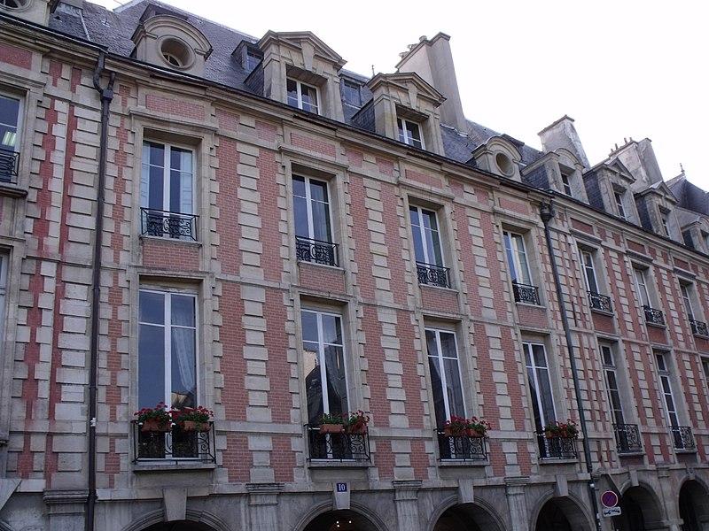 Photo du Monument Historique Hôtel de Châtillon  ou hôtel de Marie de Lyonne ou de Gagny ou Chatainville situé à Paris 4e Arrondissement
