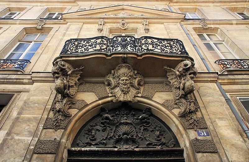Photo du Monument Historique Hôtel de Chenizot situé à Paris 4e Arrondissement
