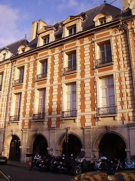 Photo du Monument Historique Hôtel de Clermont-Tonnerre situé à Paris 4e Arrondissement