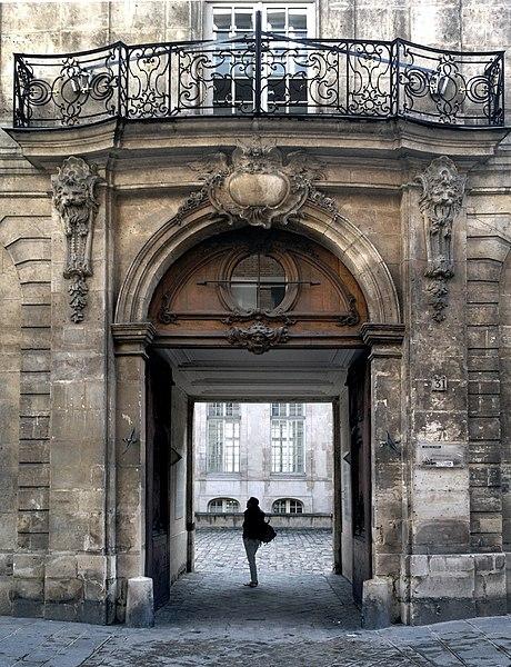 Photo du Monument Historique Hôtel Jeanne d'Albret situé à Paris 4e Arrondissement