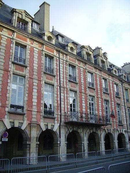 Photo du Monument Historique Hôtel Lafont ou de Breteuil  ou hôtel Dangeau ou de Missan ou de Sainson situé à Paris 4e Arrondissement
