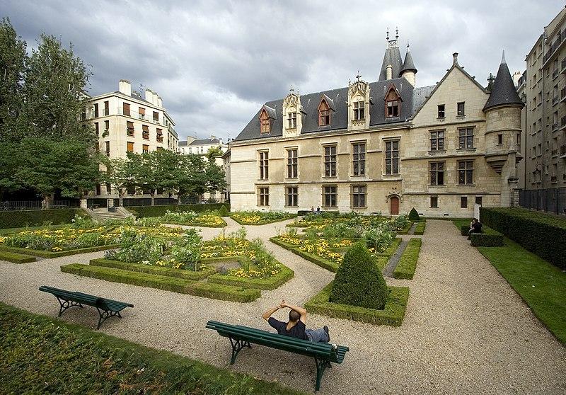Photo du Monument Historique Hôtel de Sens situé à Paris 4e Arrondissement