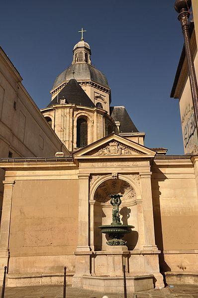 Photo du Monument Historique Lycée Charlemagne (ancienne maison professe des Jésuites) situé à Paris 4e Arrondissement
