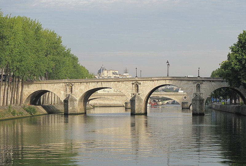 Photo du Monument Historique Pont Marie situé à Paris 4e Arrondissement