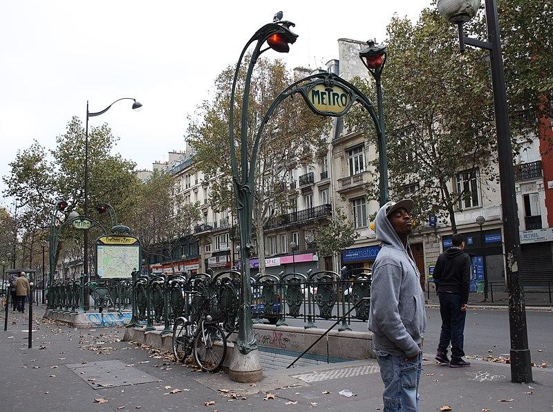 Photo du Monument Historique Métropolitain, station Château d'Eau situé à Paris 10e Arrondissement