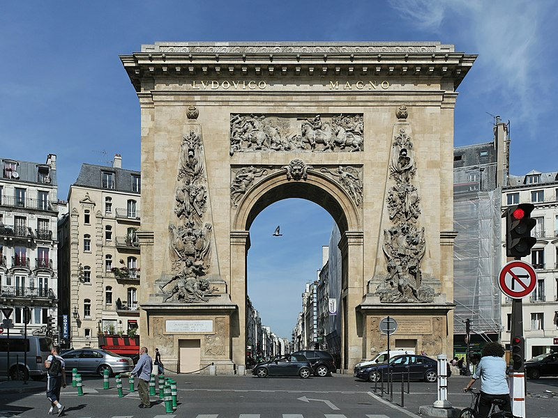 Photo du Monument Historique Porte Saint-Denis situé à Paris 10e Arrondissement