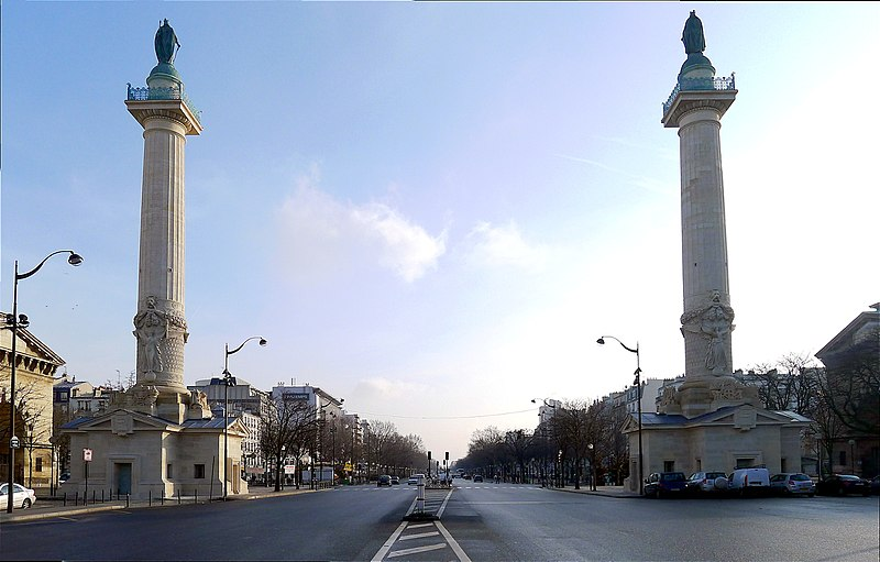 Photo du Monument Historique Barrière du Trône situé à Paris 11e Arrondissement