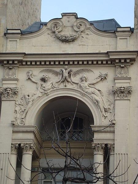 Photo du Monument Historique Théâtre des Gobelins  , actuellement cinéma Fauvette situé à Paris 13e Arrondissement