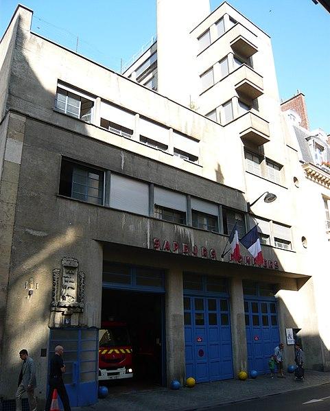 Photo du Monument Historique Caserne des pompiers situé à Paris 16e Arrondissement