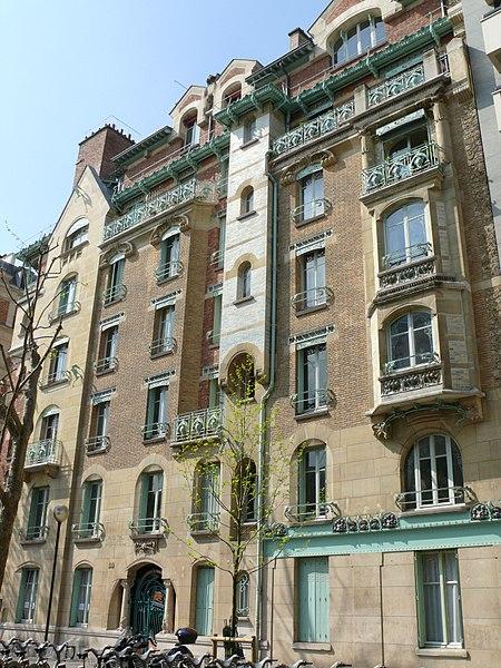 Photo du Monument Historique Immeuble dit Castel Béranger situé à Paris 16e Arrondissement