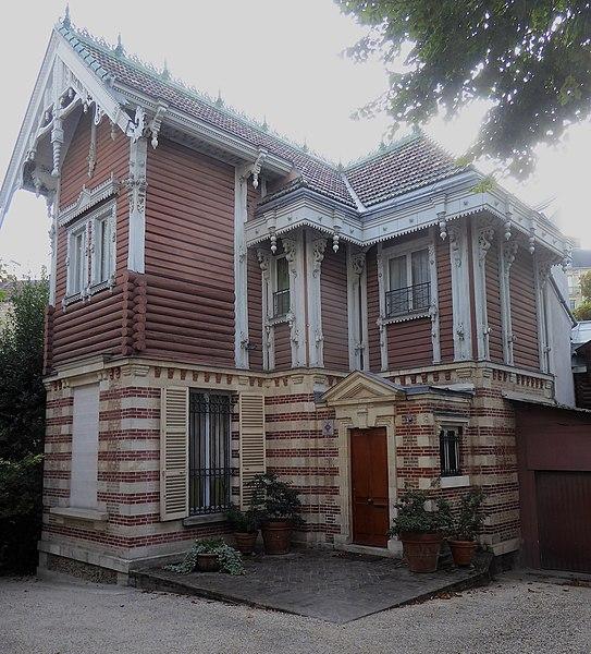 Photo du Monument Historique Immeubles situé à Paris 16e Arrondissement
