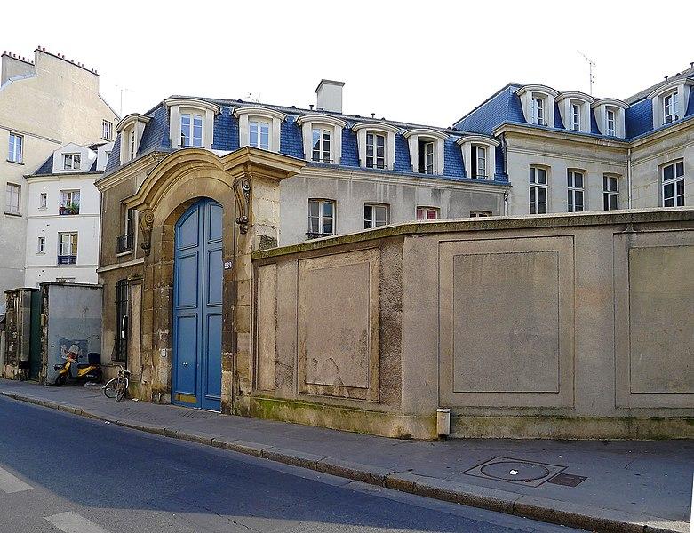 Photo du Monument Historique Hôtel de Longueville situé à Paris 5e Arrondissement