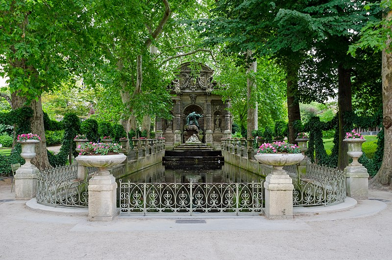 Photo du Monument Historique Fontaine Médicis situé à Paris 6e Arrondissement