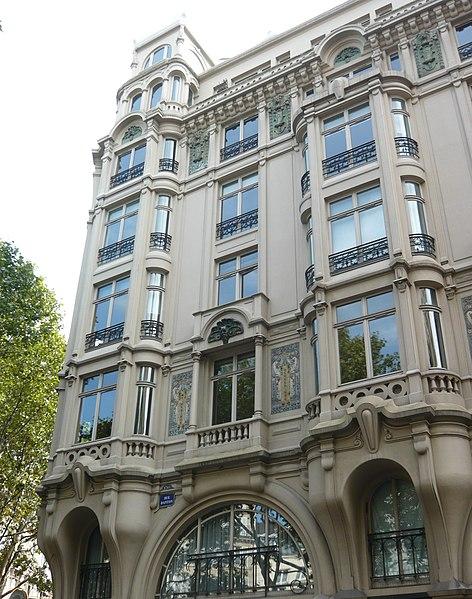 Photo du Monument Historique Immeuble dit Maison Hennebique situé à Paris 6e Arrondissement