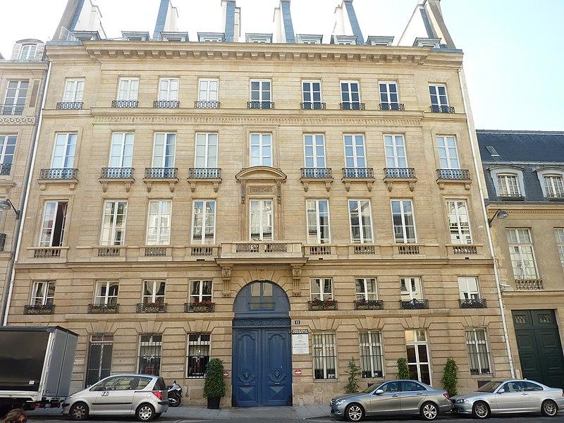Photo du Monument Historique Immeuble, anciennement Grand Hôtel d'Entragues situé à Paris 6e Arrondissement