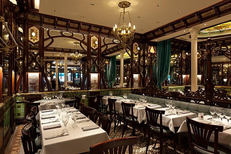Photo du Monument Historique Ancien bouillon Chartier, actuellement restaurant Le Vagenende situé à Paris 6e Arrondissement