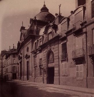 Photo du Monument Historique Ancienne abbaye de Penthemont, actuellement ministère des anciens combattants situé à Paris 7e Arrondissement