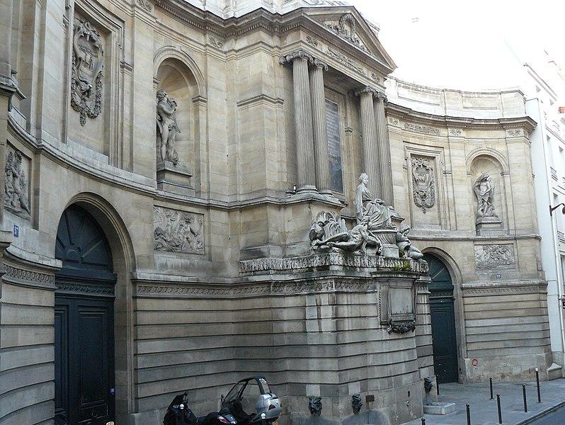 Photo du Monument Historique Fontaine des Quatre-Saisons situé à Paris 7e Arrondissement
