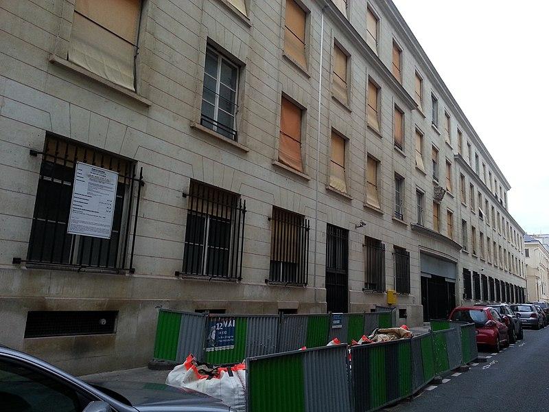 Photo du Monument Historique Ancien hôtel Montesquiou-Fezensac, actuellement ministère de la coopération situé à Paris 7e Arrondissement