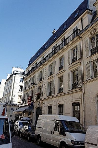 Photo du Monument Historique Immeubles situé à Paris 7e Arrondissement