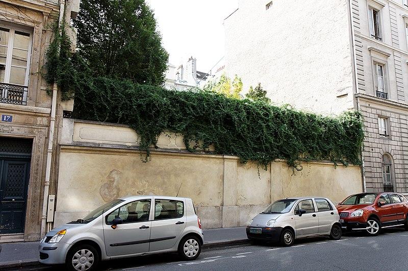 Photo du Monument Historique Immeuble ou ancien hôtel de Parieu situé à Paris 7e Arrondissement
