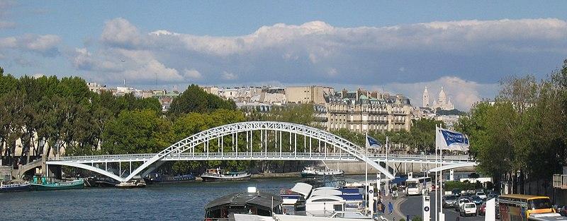 Photo du Monument Historique Passerelle Debilly situé à Paris 7e Arrondissement