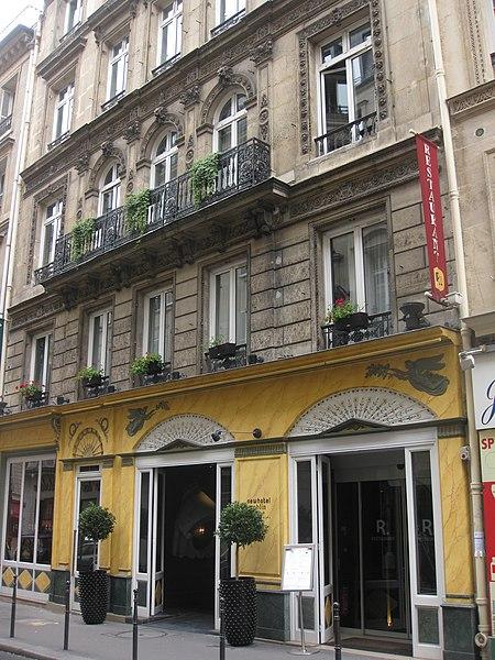 Photo du Monument Historique Boutique situé à Paris 8e Arrondissement