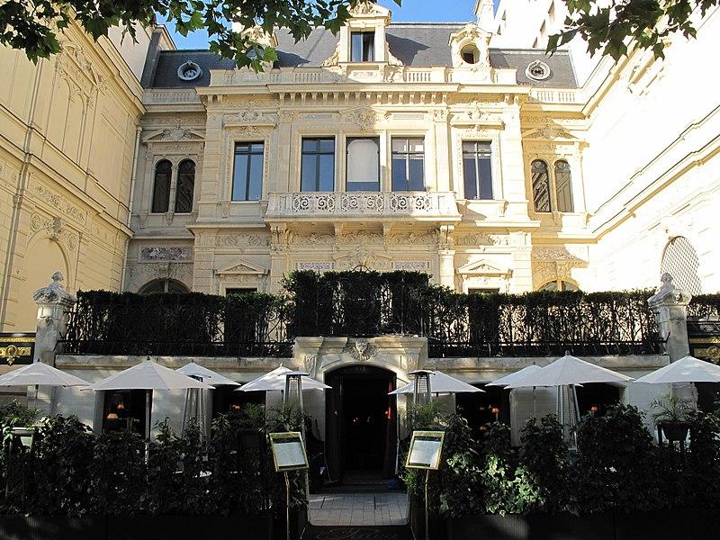 Photo du Monument Historique Hôtel Païva situé à Paris 8e Arrondissement