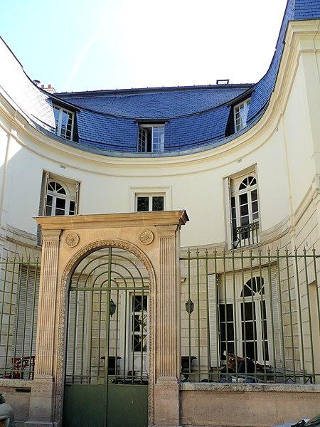 Photo du Monument Historique Hôtel de Mademoiselle Duchesnois situé à Paris 9e Arrondissement