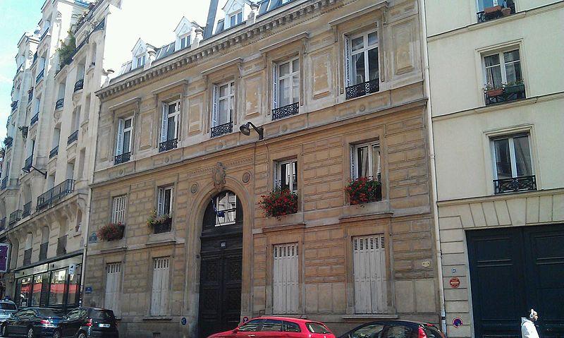 Photo du Monument Historique Ancien hôtel Rousseau situé à Paris 9e Arrondissement
