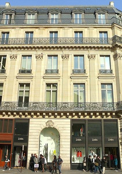 Photo du Monument Historique Immeubles aux abords de l'Opéra (voir aussi : 25, 27, 29, 31 bd Haussmann, Immeuble de la Société Générale) situé à Paris 9e Arrondissement