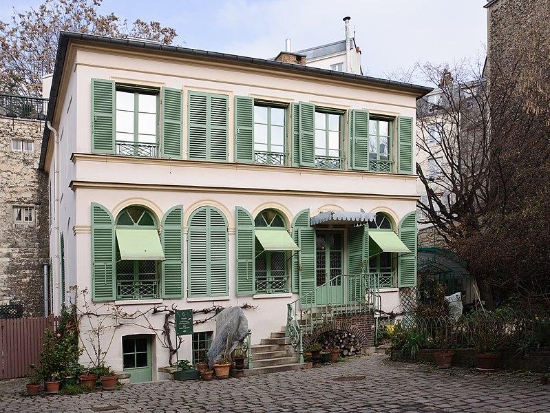 Photo du Monument Historique Hôtel Renan-Scheffer, actuellement musée de la vie romantique situé à Paris 9e Arrondissement
