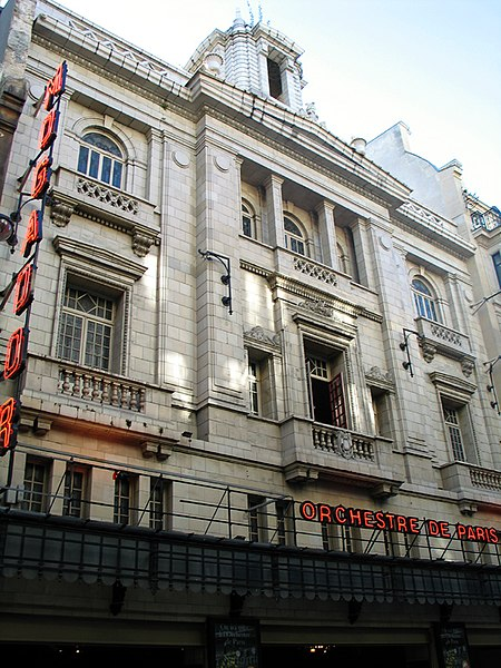 Photo du Monument Historique Théâtre Mogador situé à Paris 9e Arrondissement