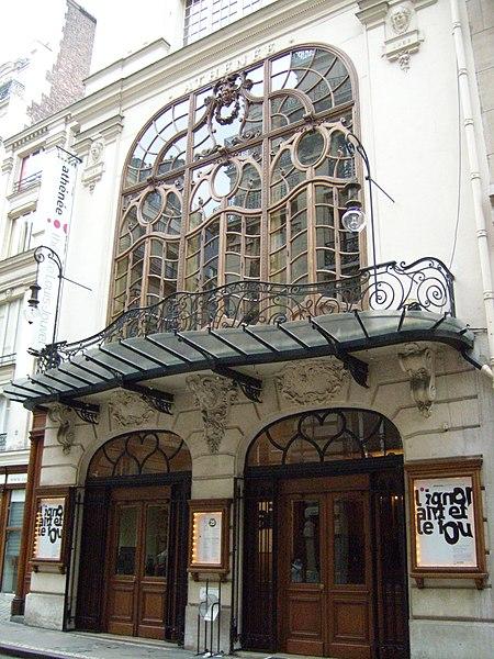 Photo du Monument Historique Théâtre de l'Athénée - Louis-Jouvet situé à Paris 9e Arrondissement
