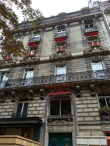 Photo du Monument Historique Restaurant le Relais-Plaza situé à Paris 8e Arrondissement