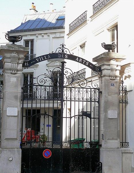 Photo du Monument Historique Villa des Arts situé à Paris 18e Arrondissement