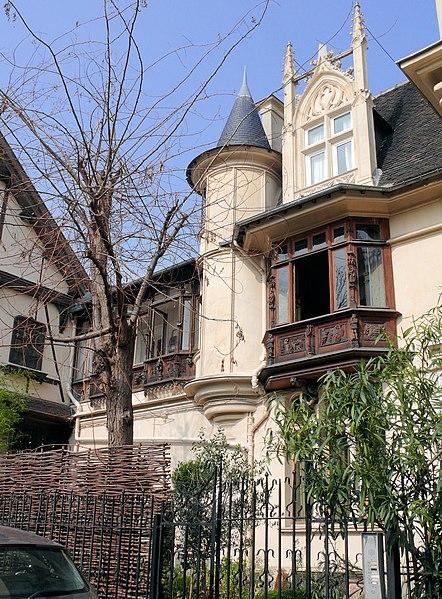 Photo du Monument Historique Maison Eymonaud situé à Paris 18e Arrondissement