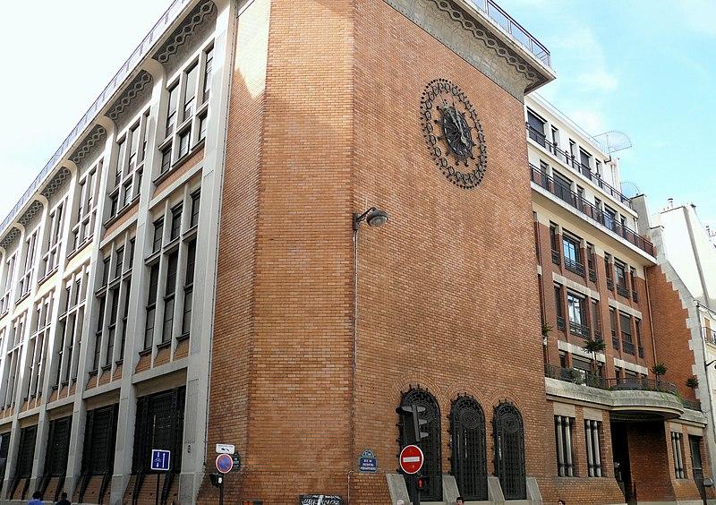Photo du Monument Historique Central téléphonique et Poste situé à Paris 9e Arrondissement