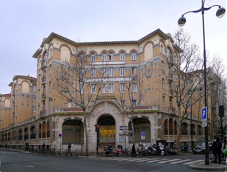 Photo du Monument Historique Palais de la Femme situé à Paris 11e Arrondissement