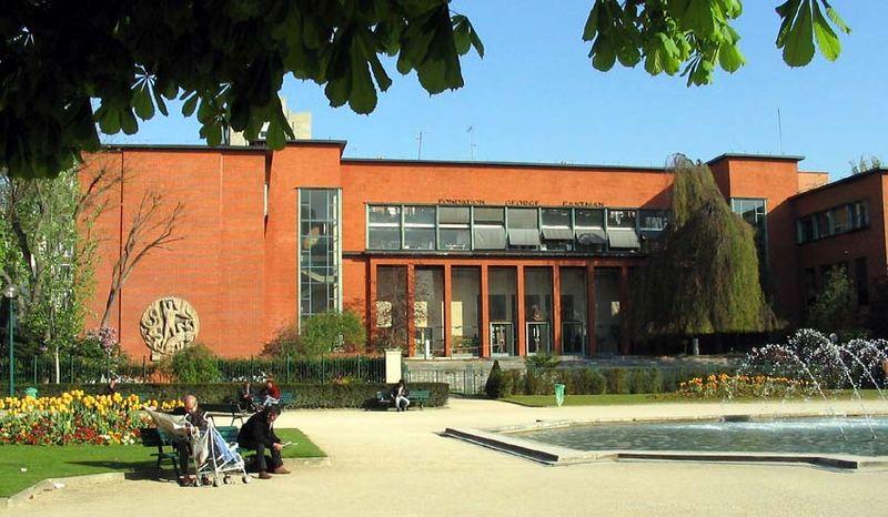 Photo du Monument Historique Institut dentaire George Eastman situé à Paris 13e Arrondissement